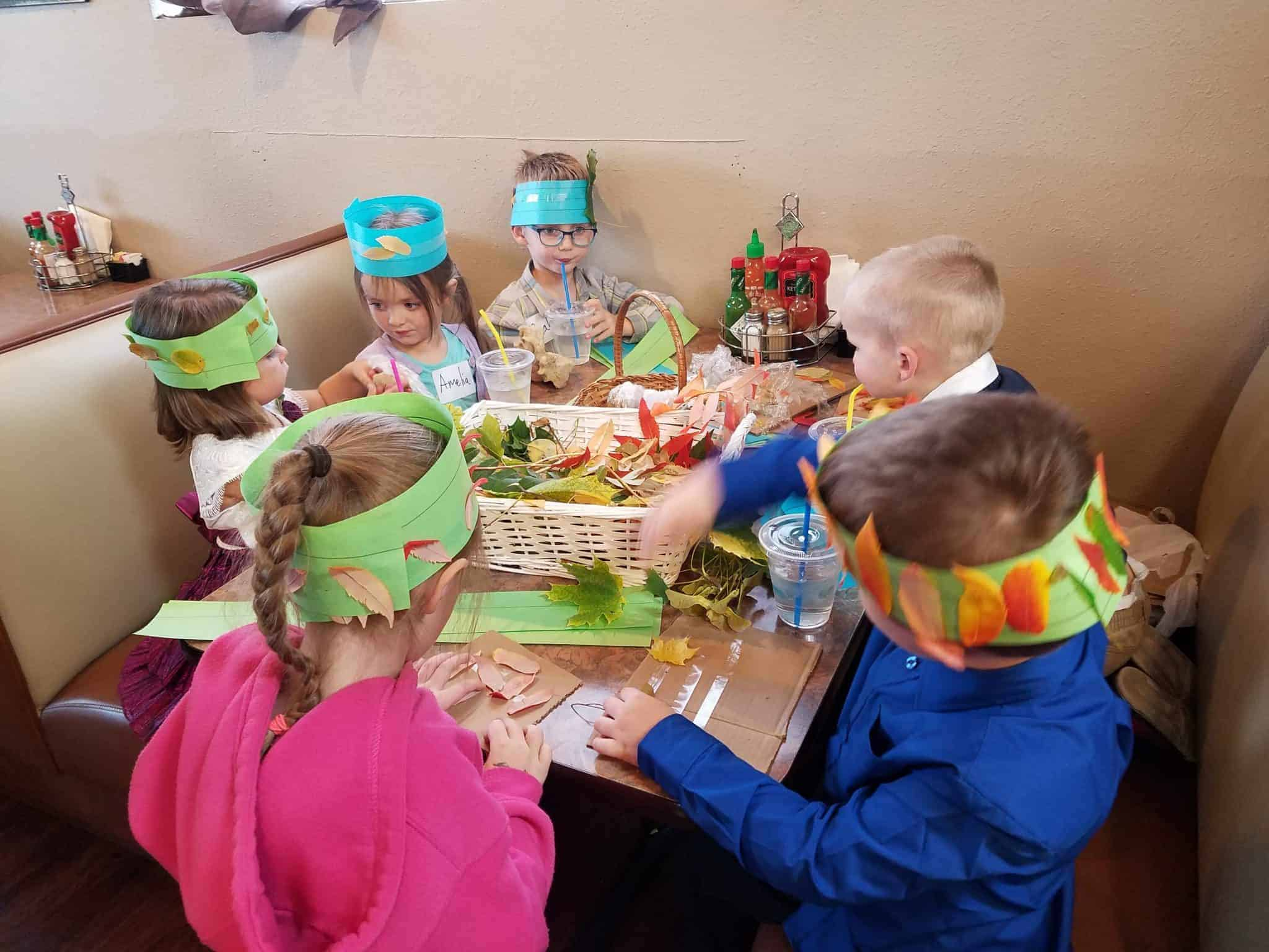 The kids enjoyed creating Nature Crowns with local Tinkergarten Leader Elisa Stapp at Classic Cafe while their parents got to know one another.